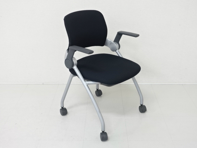 10605 チェアー・ミーティングチェアー 商品説明へ:中古オフィス家具・楽市