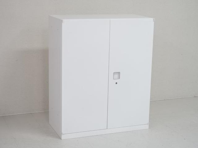 26669 キャビネット・両開き書庫 商品説明へ:中古オフィス家具・楽市