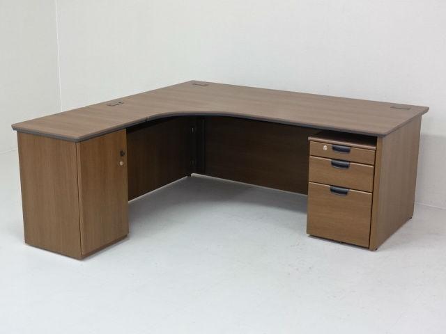 26952 デスク・木製デスク 商品説明へ:中古オフィス家具・楽市